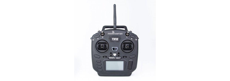 RadioMaster TX12 sender, 2,4GHz med 16 kanaler og multiprotokol.