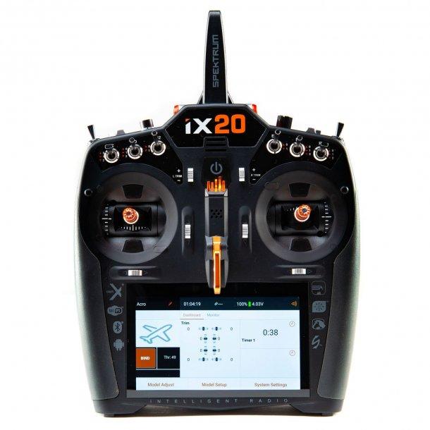 iX20, 2,4GHz sender fra Spektrum. BESTILLINGSVARE.
